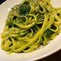 Linguine Pasta with Creamy Avocado Sauce - Dairy Free